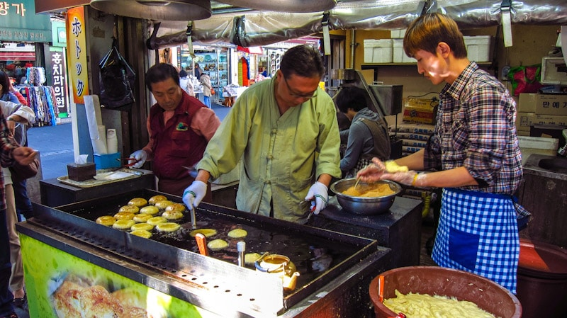 Hotteok (sweet filled snack that resembles a pancake) street vendor in Insadong, Seoul